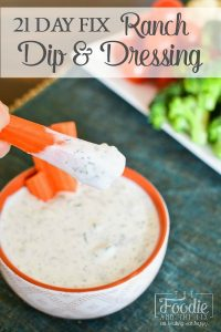 This delicious 21 Day Fix ranch dip (or dressing) uses my favorite not-so-secret-anymore ingredient: cottage cheese! A great, protein packed ranch! #ranch #healthy #healthyranch #protein #weightloss #mealprep #21dayfix #2bmindset #salad #lunch #healthydressing #kidfriendly #glutenfree