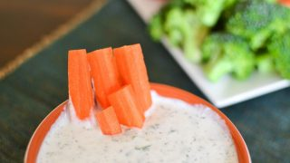 21 Day Fix Ranch Dressing | Healthy Ranch Dip