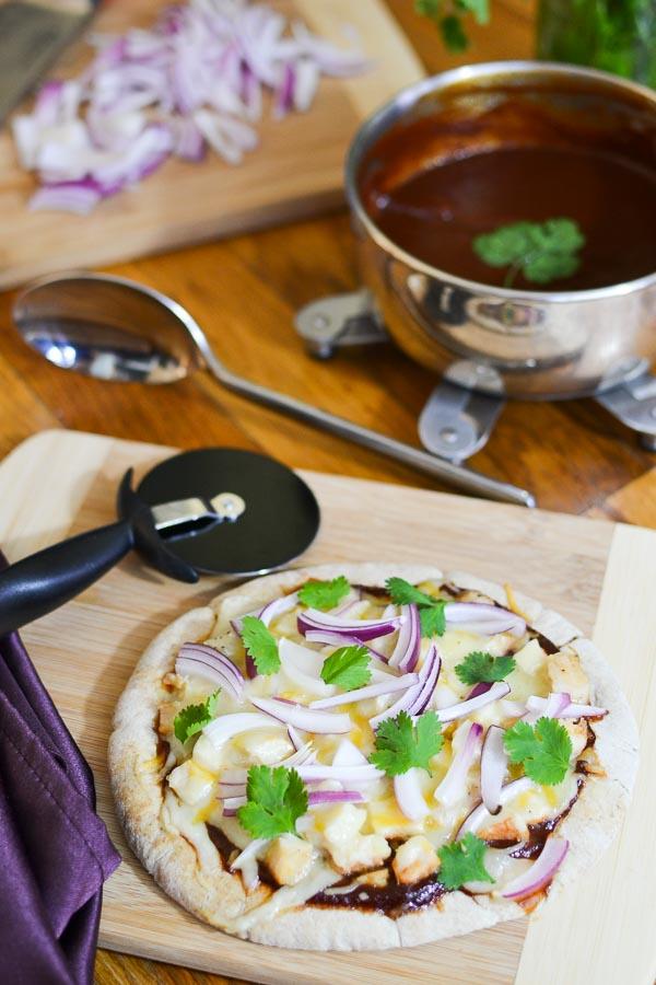 21 Day Fix Barbecue Sauce & BBQ Chicken Pita Pizza