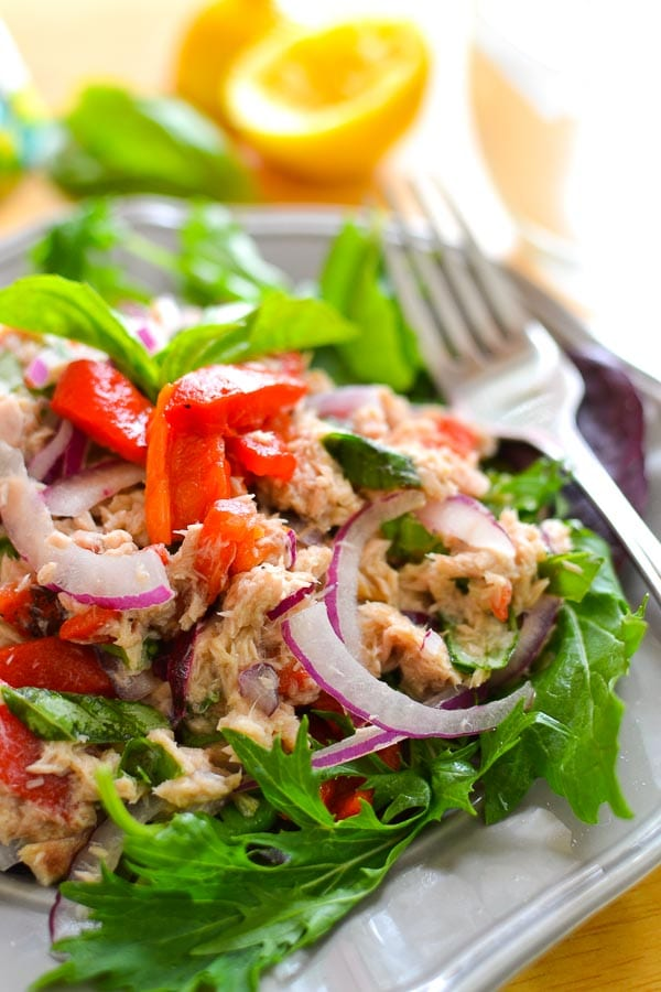 No-Mayo} Mediterranean Tuna Salad - The Foodie and The Fix