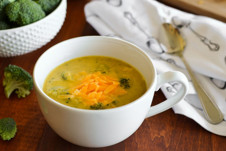 This 21 Day Fix broccoli cheese soup {Instant Pot | Stovetop} is made without any milk or cream and is still creamy, velvety, and deliciously healthy comfort in a bowl. Quick, easy, gluten free and kid-friendly! #instantpot #21dayfix #quick #easy #dinner #lunch