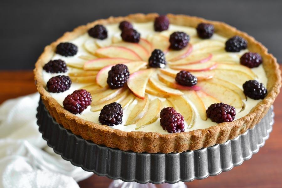 21 Day Fix Apple-Blackberry Cheesecake Tart
