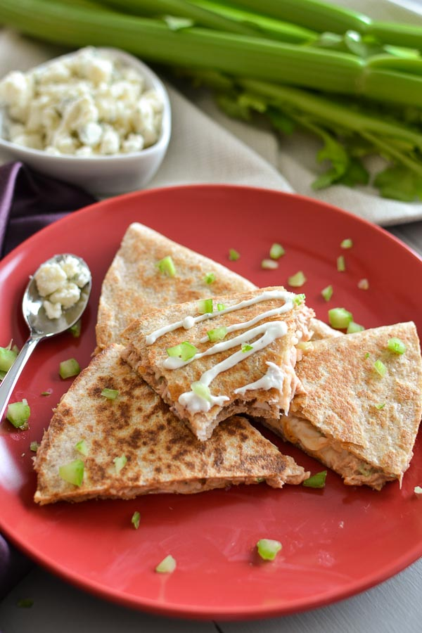 This quick and easy Spicy Tuna Quesadilla finally gives us something different to do with that protein powerhouse, canned tuna! A great 21 Day Fix lunch! #21dayfix #tuna #healthy #lunch #healthylunch #quick #easy #spicy #cannedtuna #protein