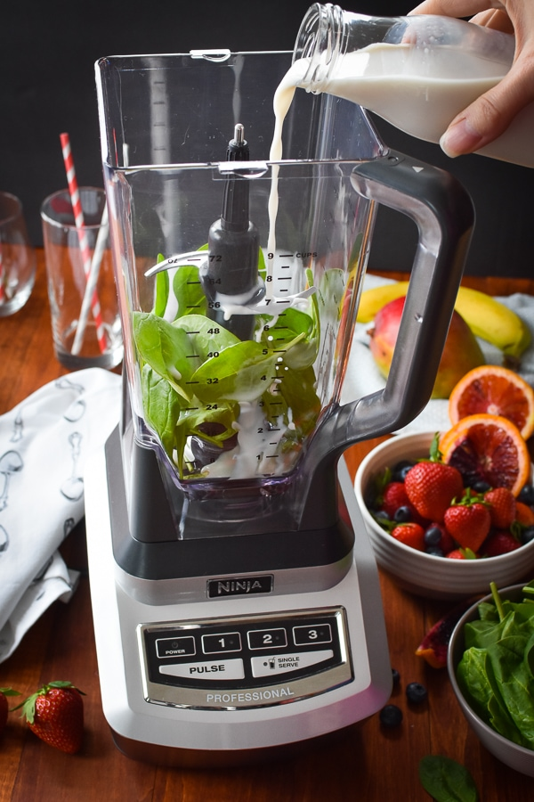 How To Make The Perfect Green Smoothie In Any Blender