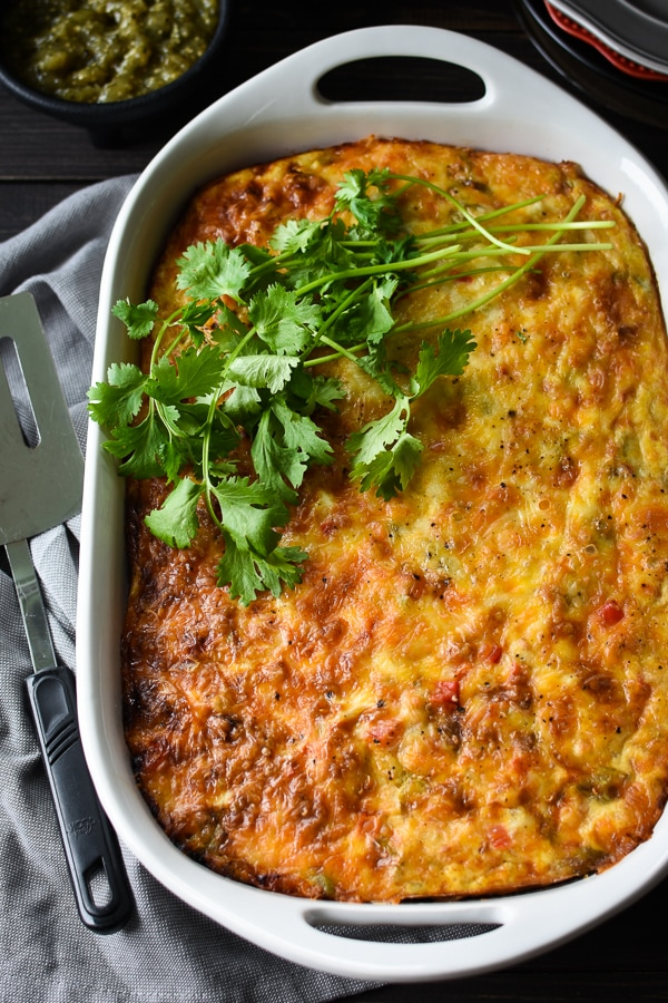 This 21 Day Fix Make-Ahead Southwestern Breakfast Casserole is the perfect meal-prep or company breakfast! Great holiday 21 Day Fix breakfast! Gluten-free. #21dayfix #2bmindset #glutenfree #holiday #healthy #breakfast #healthybreakfast #feedacrowd #mealprep