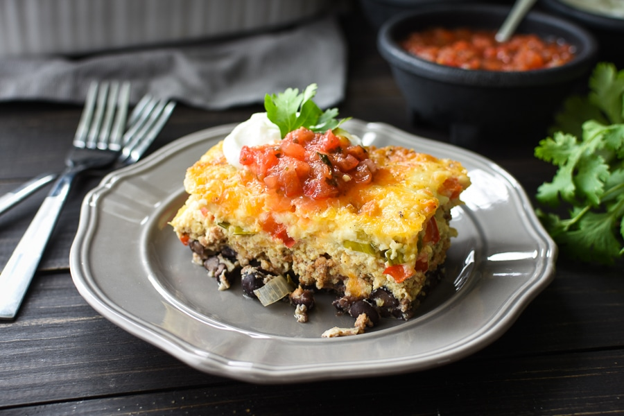 This easy 21 Day Fix Make-Ahead Southwestern Breakfast Casserole is the perfect meal-prep or company breakfast! Great for brunches and holiday guests, it's also gluten-free!