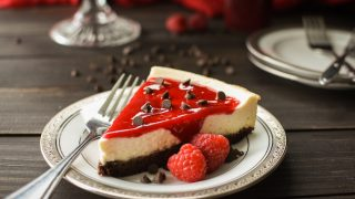 21 Day Fix Brownie-Bottom Cheesecake with Raspberry Sauce