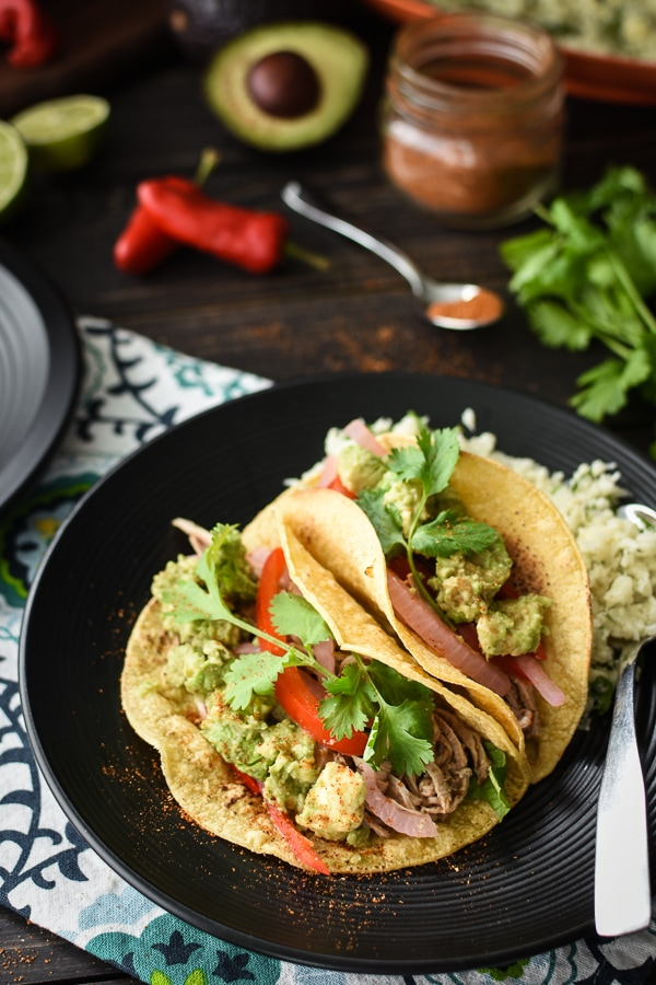 These quick and easy 21 Day Fix Pulled Pork Tacos are perfect for those busy weeknights!