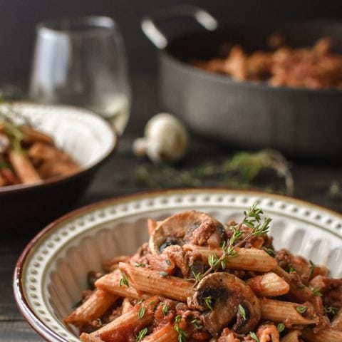 This quick and easy 21 Day Fix Pasta with Sherry-Mushroom Meat Sauce really brings the flavor with shallots, fresh thyme and a splash of sherry. A perfect weeknight meal!