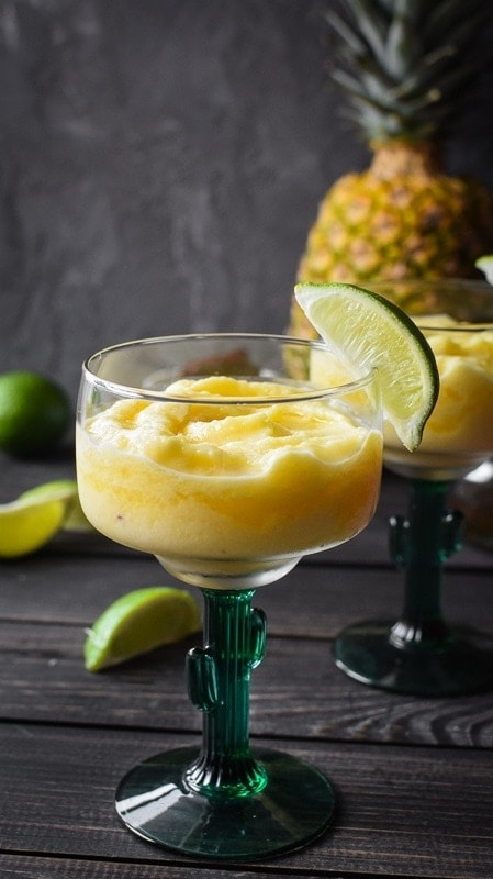 Skinny Pineapple Chipotle Margaritas {21 Day Fix}