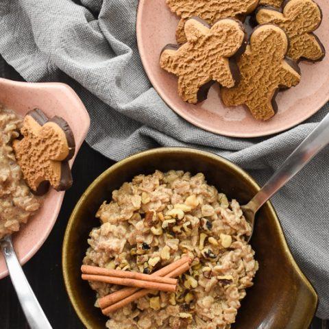 Warm Gingerbread Oatmeal {21 Day Fix}