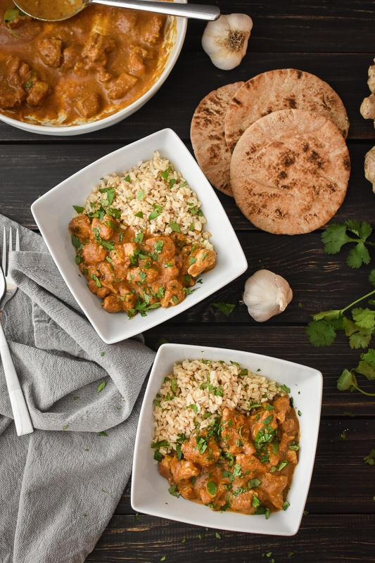 This 21 Day Fix Instant Pot Chicken Tikka Masala is an easy and insanely delicious (and healthy!) make-your-own-take-out dinner! Meal prep | Gluten free. #mealprep #21dayfix #21dayfixapproved #beachbody #weightloss #instantpot #healthyinstantpot #dinner #healthydinner #portionfix #healthyindian #chickendinner #2bmindset #glutenfree