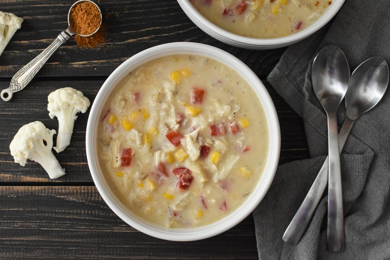 This healthy and delicious Instant Pot Crab and Corn Chowder is such a filling and easy kid-friendly dinner! 21 Day Fix, Weight Watchers, Gluten Free. #healthy #instantpot #healthyinstantpot #healthydinner #dinner #kidfriendly #glutenfree #weightwatchers #21dayfix #portionfix #mealprep #mealplan #weightloss #soup #fall #seafood