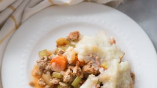 Healthy Instant Pot Shepherd's Pie [21 Day Fix| Gluten and Dairy Free]