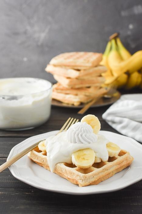 waffle with banana pudding topping